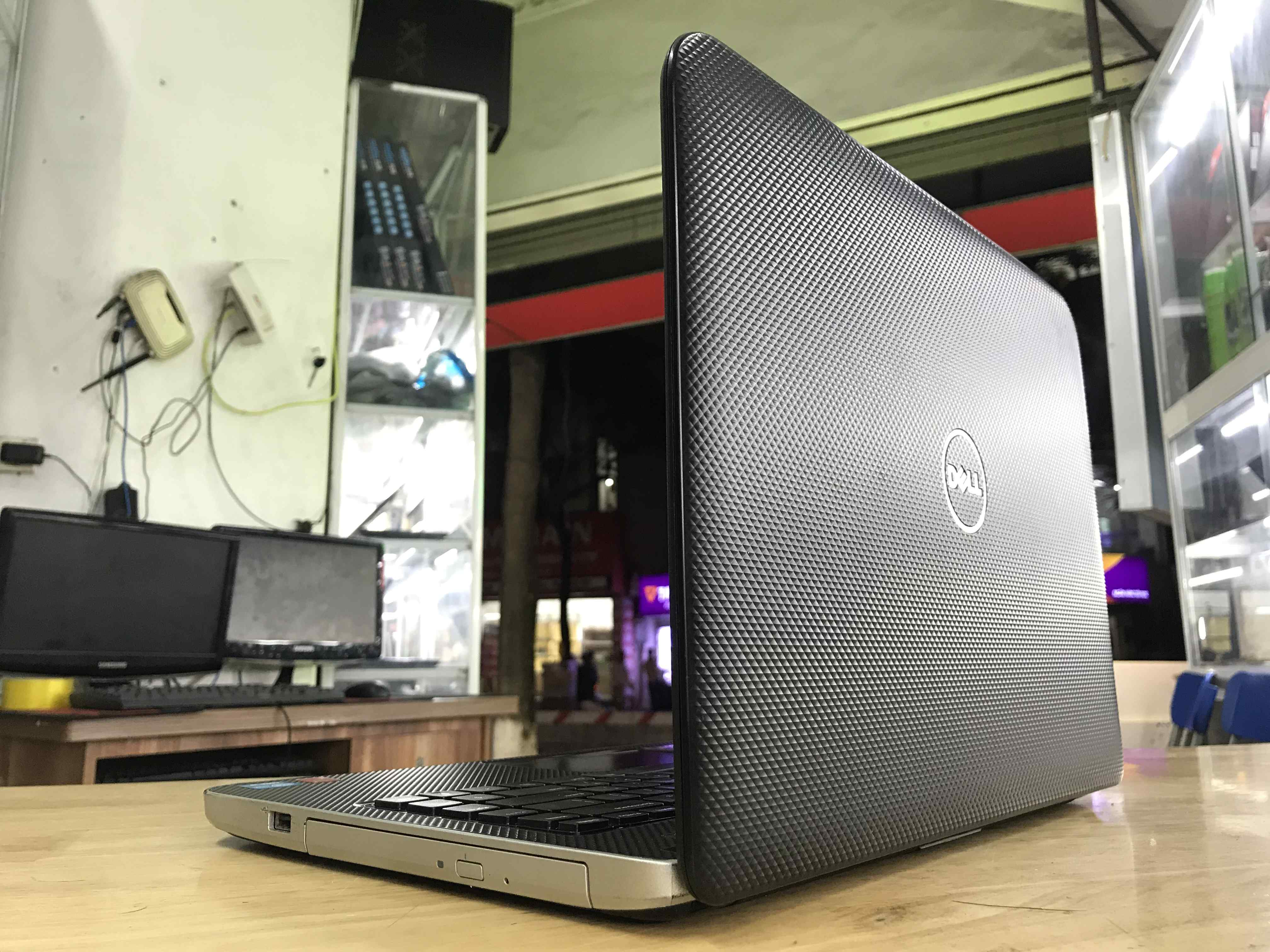 Bán laptop cũ dell vostro 2421