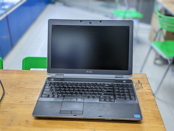 Laptop DELL LATITUDE E6530 Card rời