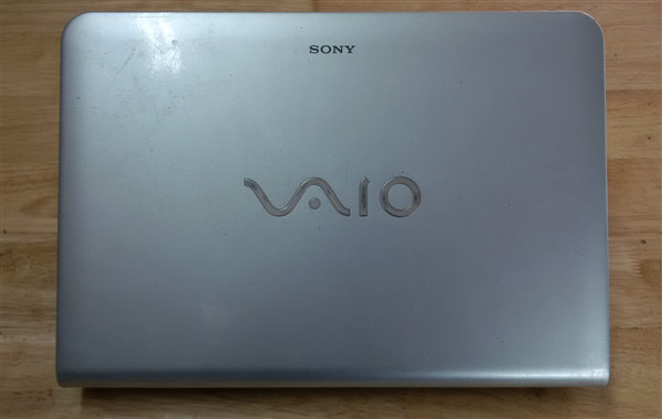 Laptop Sony VPC-EA
